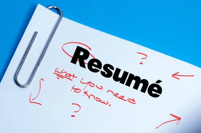 Cum sa iti realizezi CV-ul atractiv