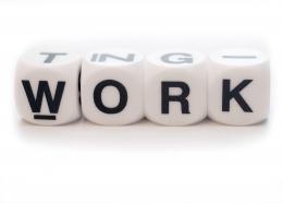 Avantajul de a fi angajat in cautare de job